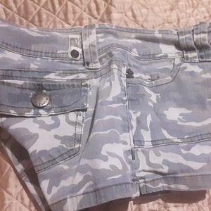 Super cute comfy shorts